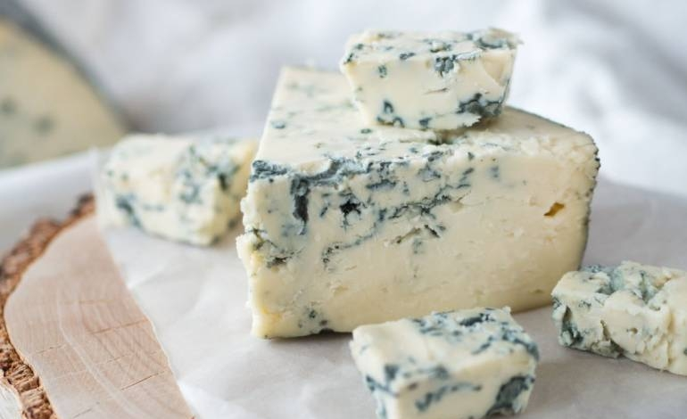1632788368491-queso-azul__destacado.jpeg